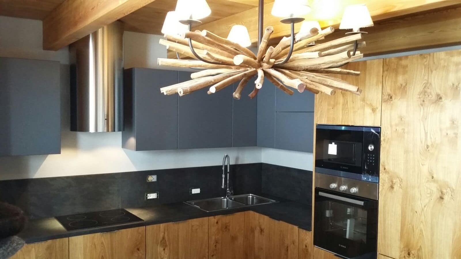 Cucina in legno naturale - MB Arreda