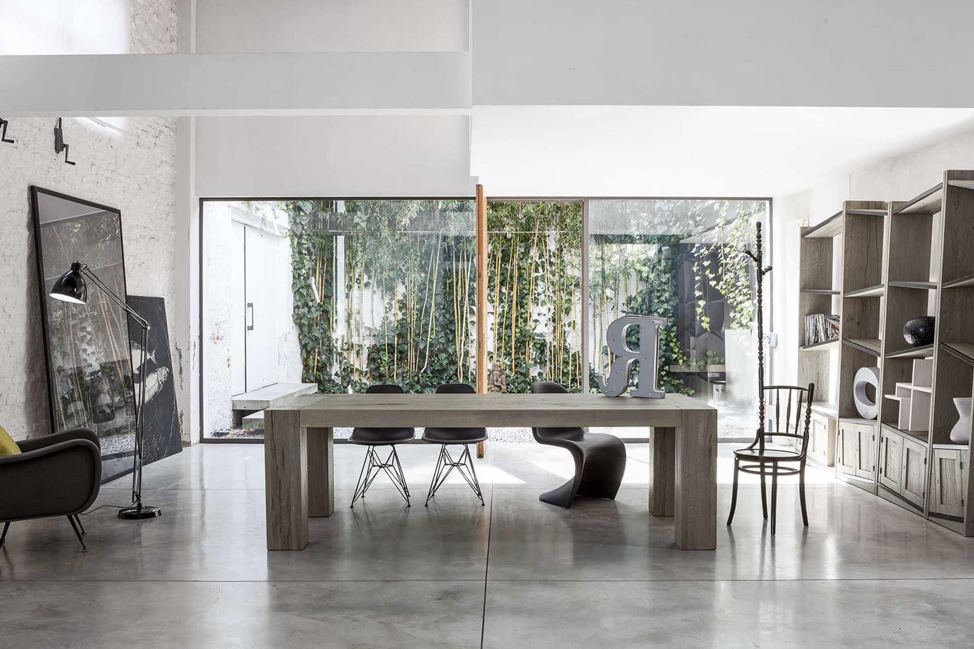 Mobilificio MB Arreda Progettazione e realizzazione di Tavoli e sedie su misura e rivendita dei migliori marchi Made in Italy